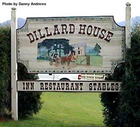 Front sign for Dillard House